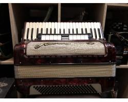 (1881)  Немецкий  аккордеон Horch 4\4