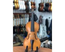 (3633) Московская Скрипка 1\2 Половинка как Новая