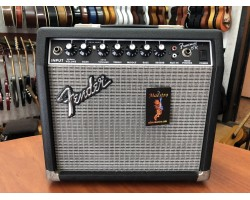 (3781) Комбоусилитель Fender Frontman 15R